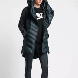 Nike Tech Fleece Aeroloft Down Parka